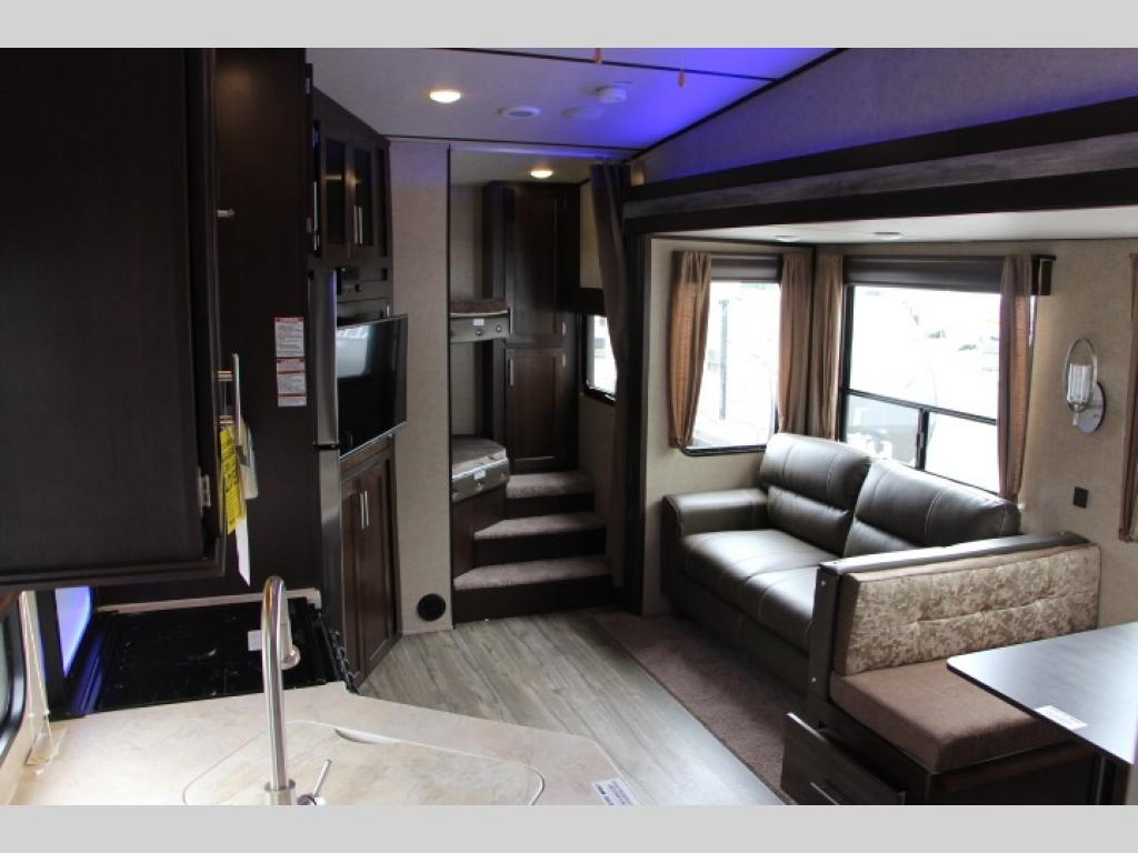 Cherokee Arctic Wolf Fifth Wheel A Must See To Believe
