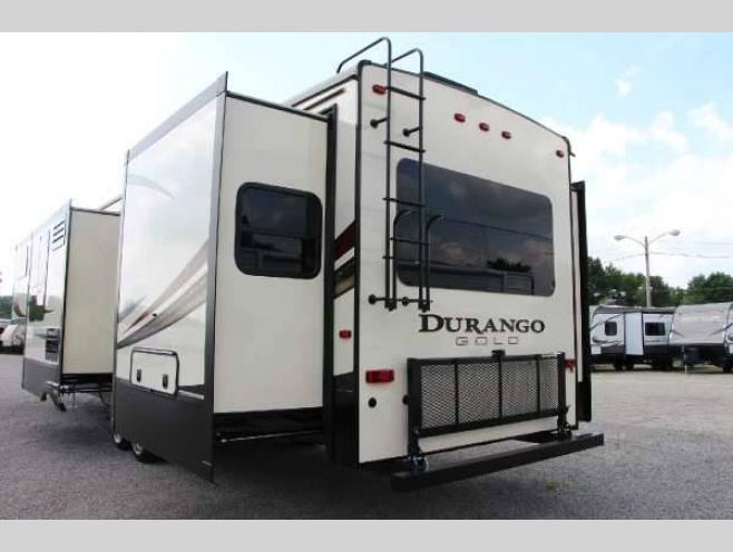 KZ Durango Gold Fifth Wheel Rear