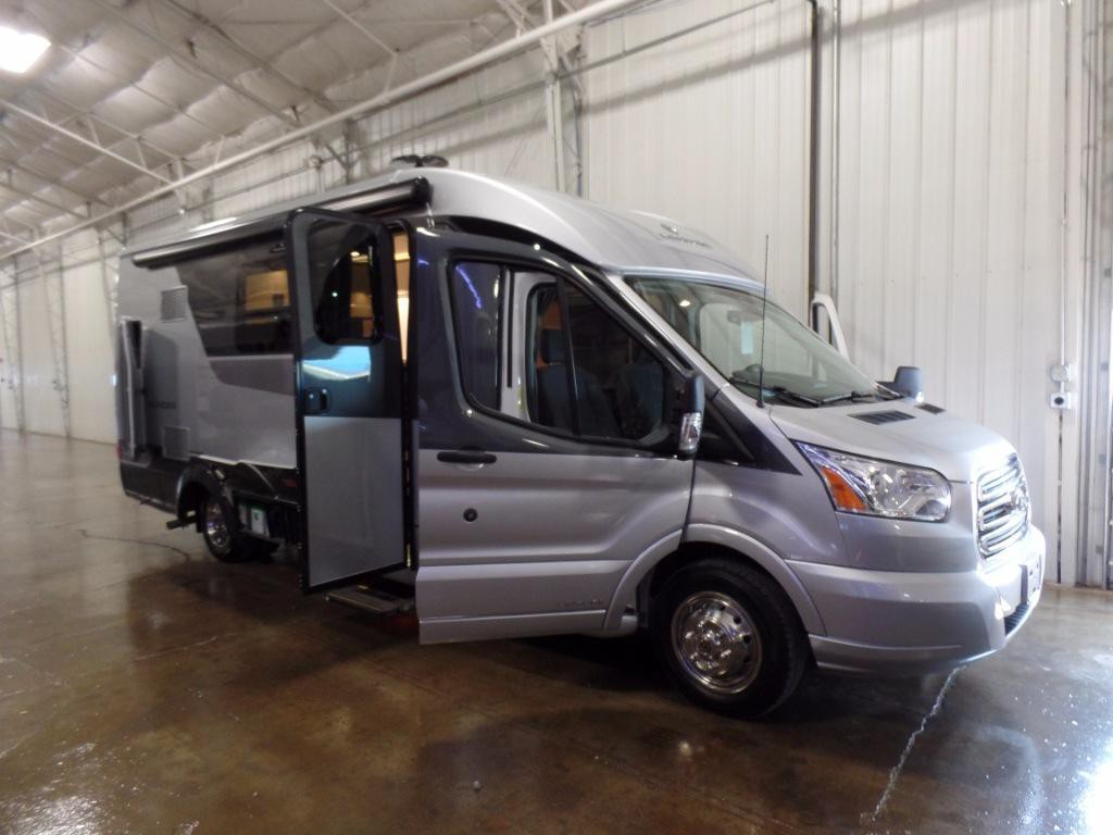 Leisure Travel Wonder Class B Review A Spacious