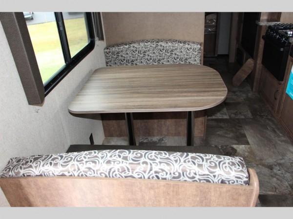 Autumn Ridge travel trailer interior